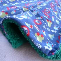 【嬅樺小舖】MIT台灣製 幼兒珊瑚絨雪衣毯《可愛車車》