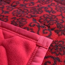 【嬅樺小舖】MIT台灣製 6x7 Q-TIM 超保暖 三層 手工 雪衣毯 毯被 《紅底黑花》特價出清中!!!